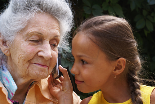 Free Government Cell Phones for Senior Citizens